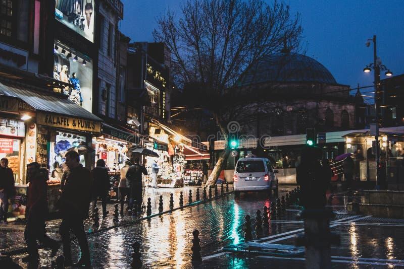 Straßen von Istanbul nahe dem großartigen Basar lizenzfreie stockbilder