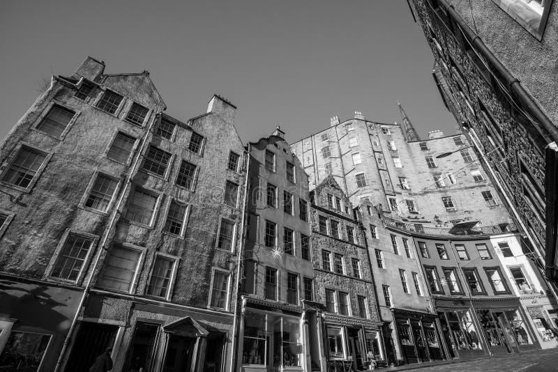 Straßenansicht der historischen alten Stadt, Edinburgh lizenzfreie stockfotos