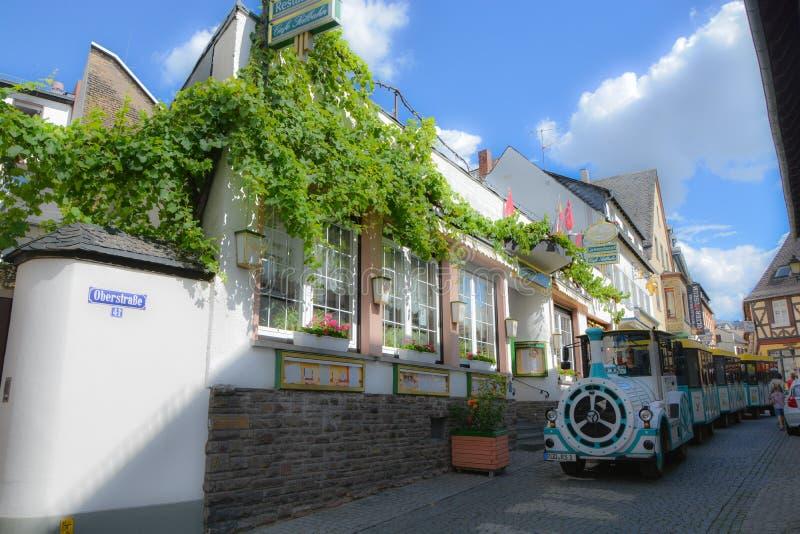 Straßenansicht in Rudesheim, Deutschland stockfotografie