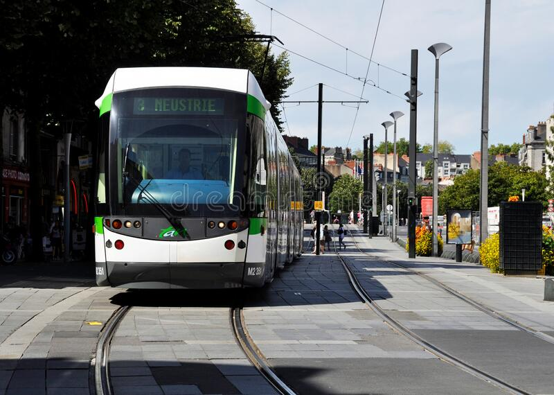 Straßenbahn in Nantes, Frankreich stockfotografie