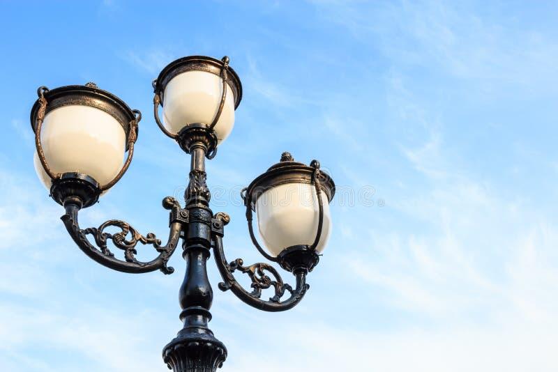 Straßenbeleuchtung stockfotografie