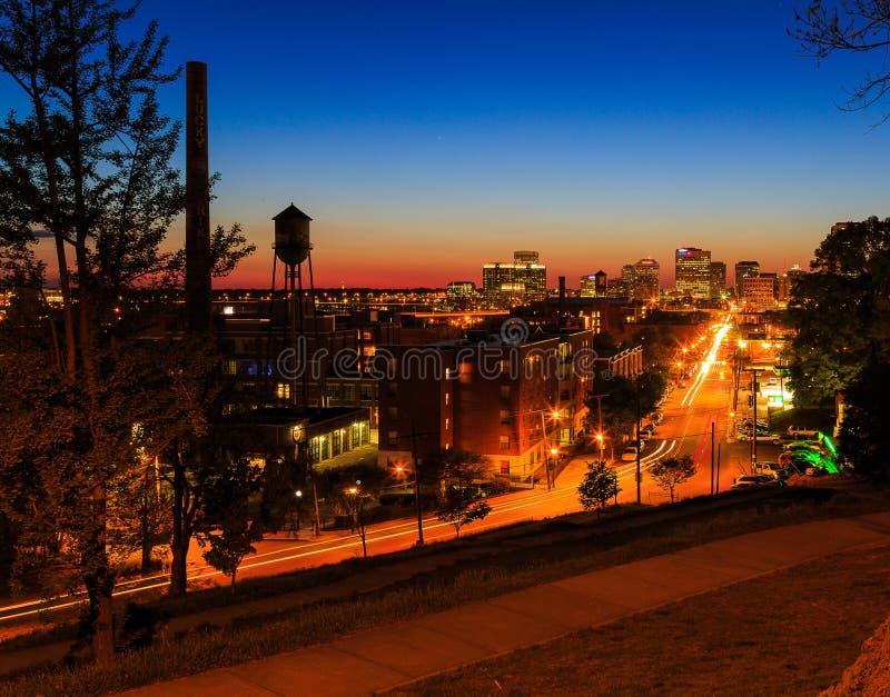 Straßenbilder von Libby Hill Richmond Va am Abend stockfotografie