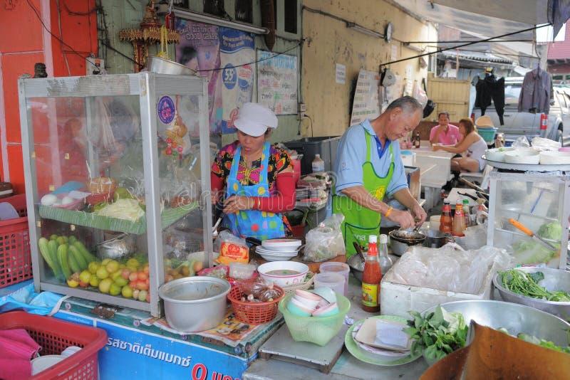 Straßenhändler in Bangkok lizenzfreie stockbilder
