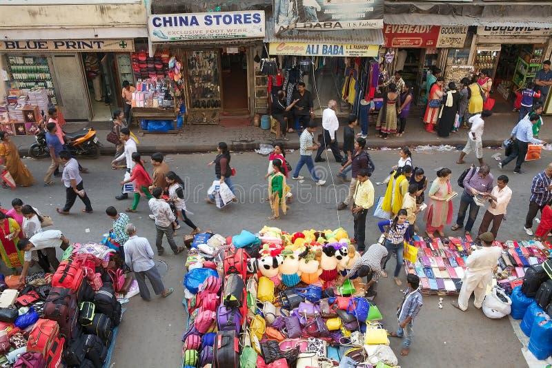 Straßenhändleramerikanischer nationalstandard kauft nahe dem neuen Markt, Kolkata, Indien lizenzfreies stockbild