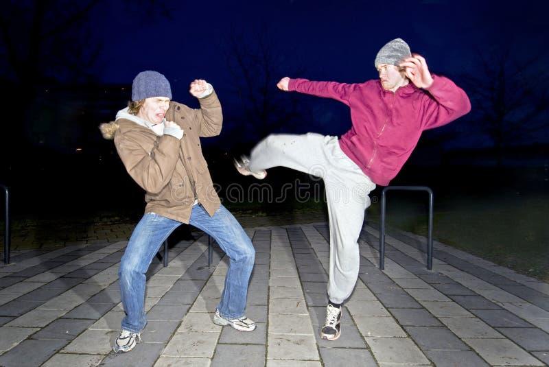 Straßenkämpfer lizenzfreie stockbilder
