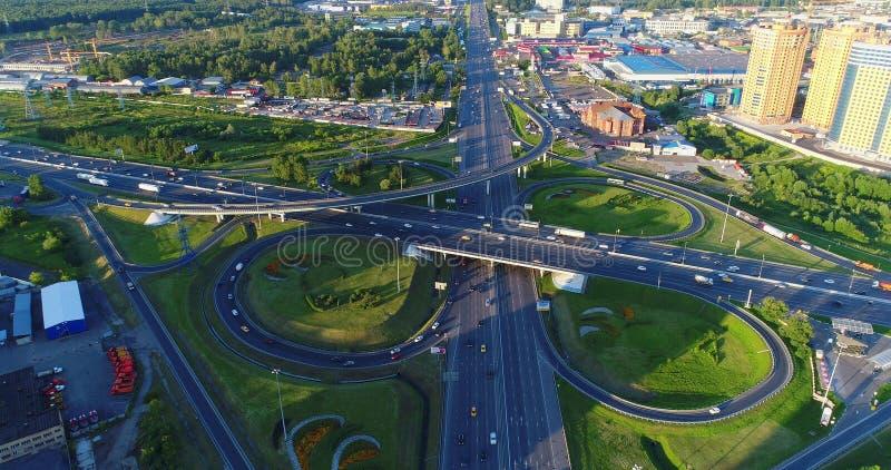 Straßenkreuzung der Landstraße Enthusiasten und des Moskaus Ring Roa lizenzfreies stockfoto