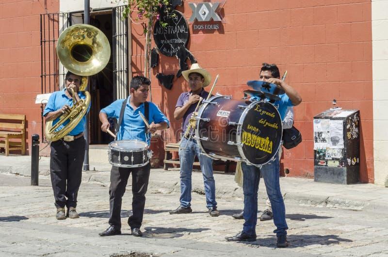 Straßenmusiker Oaxaca, Mexiko stockbild