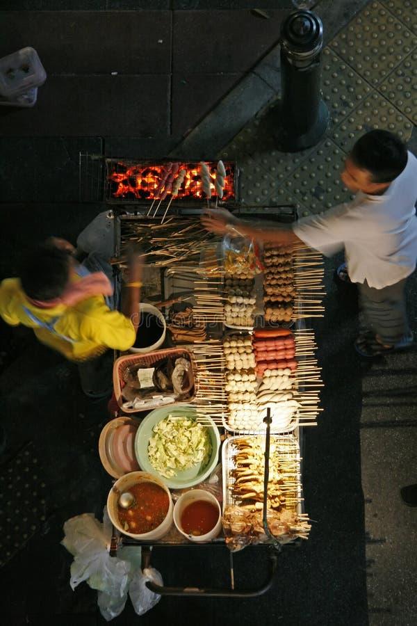 Straßennahrungsmittelverkäufer lizenzfreie stockbilder