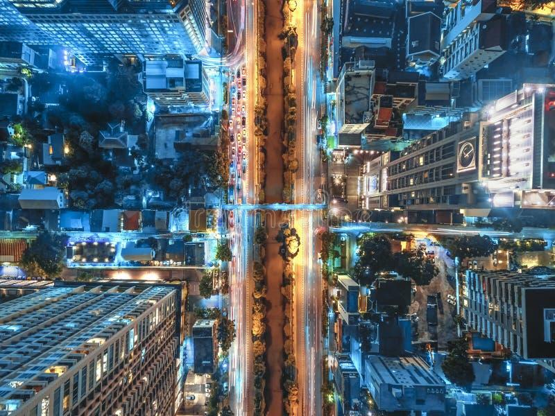 Straßenverkehr in der Stadt bei Thailand lizenzfreies stockbild
