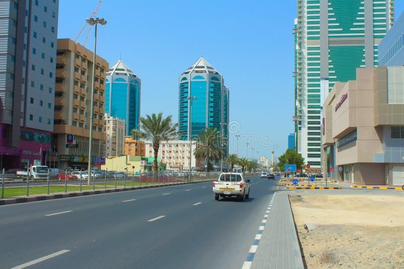 Straße von Scharjah, Arabische Emirate stockfotos
