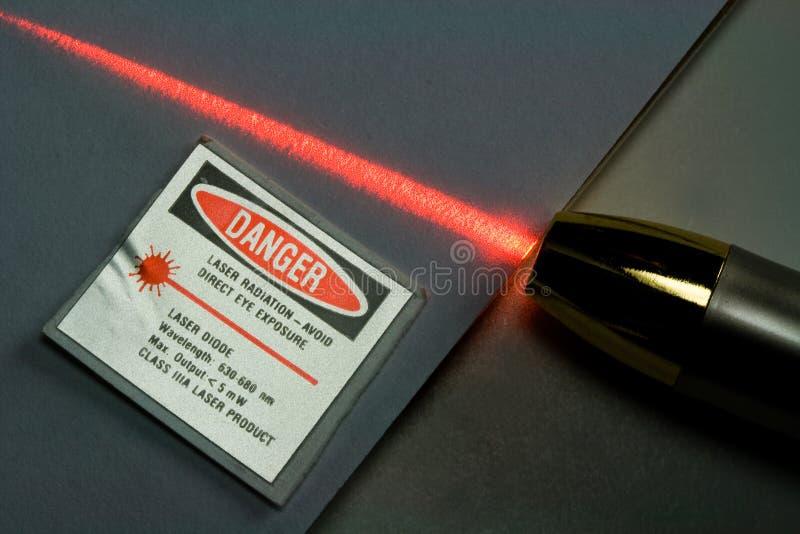 Straal van het Rode Licht van de Laser stock foto's