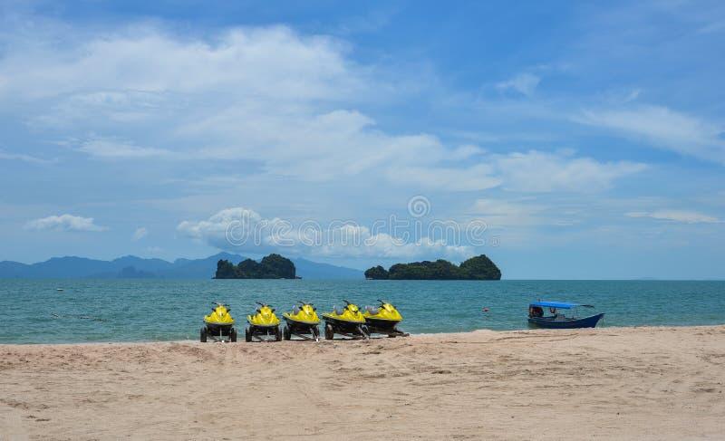 Straalski op een zonnig strand royalty-vrije stock foto