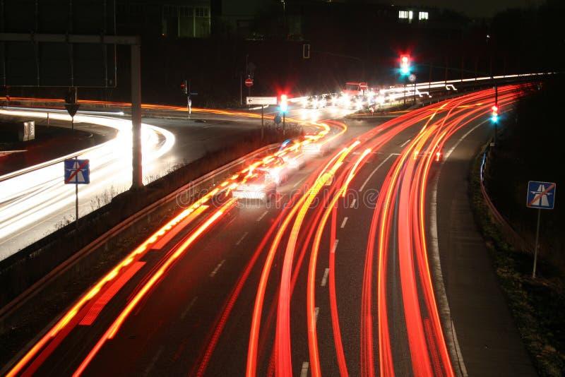 Straat bij nacht stock afbeeldingen