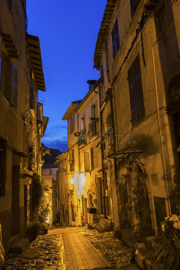 Straat in La Turbie in Frankrijk stock afbeeldingen