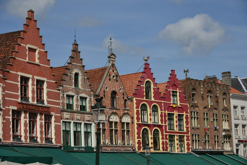 Straat met oude huizen, Brussel stock fotografie
