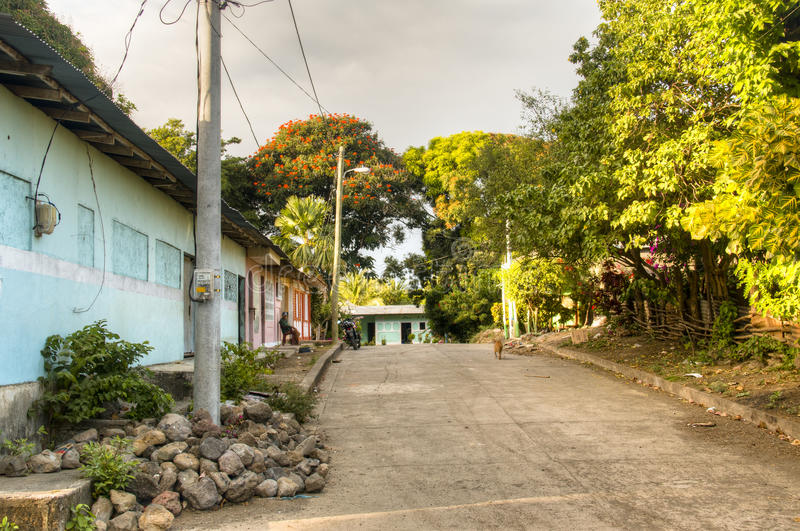 Straat in Moyogalpa op Ometepe-Eiland in Nicaragua royalty-vrije stock foto