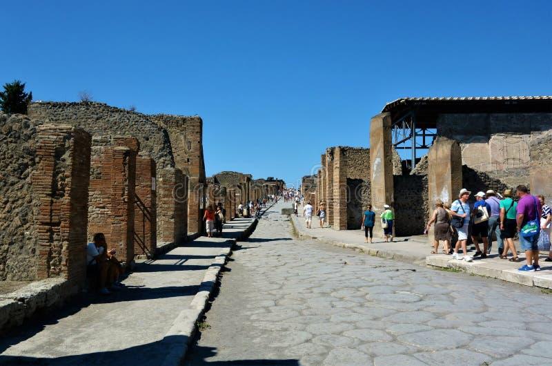 Straat in oude stad van Pompei royalty-vrije stock afbeeldingen