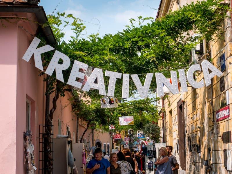 Straat Spaniardfest 2019, Varazdin, Kroatië stock foto's