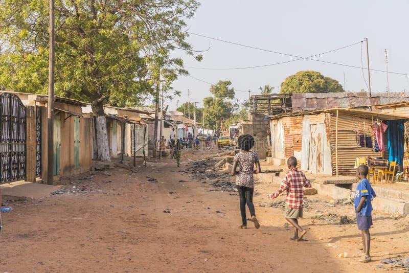 Straat in stad n Afrika royalty-vrije stock afbeeldingen