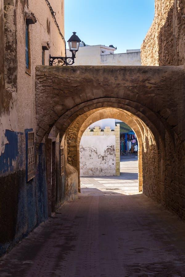 Straat van de oude stad in Safi, Marokko stock foto's