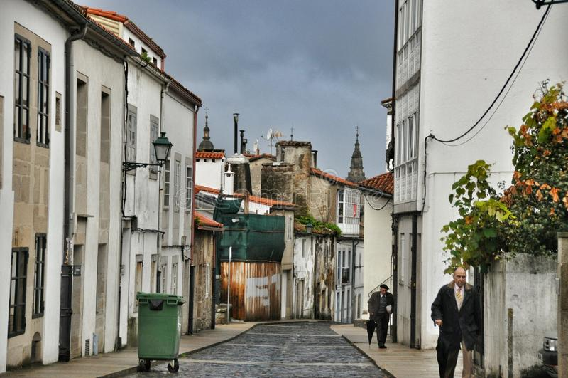 Straat van de Spaanse stad van Oviedo provincie van Asturias stock afbeeldingen