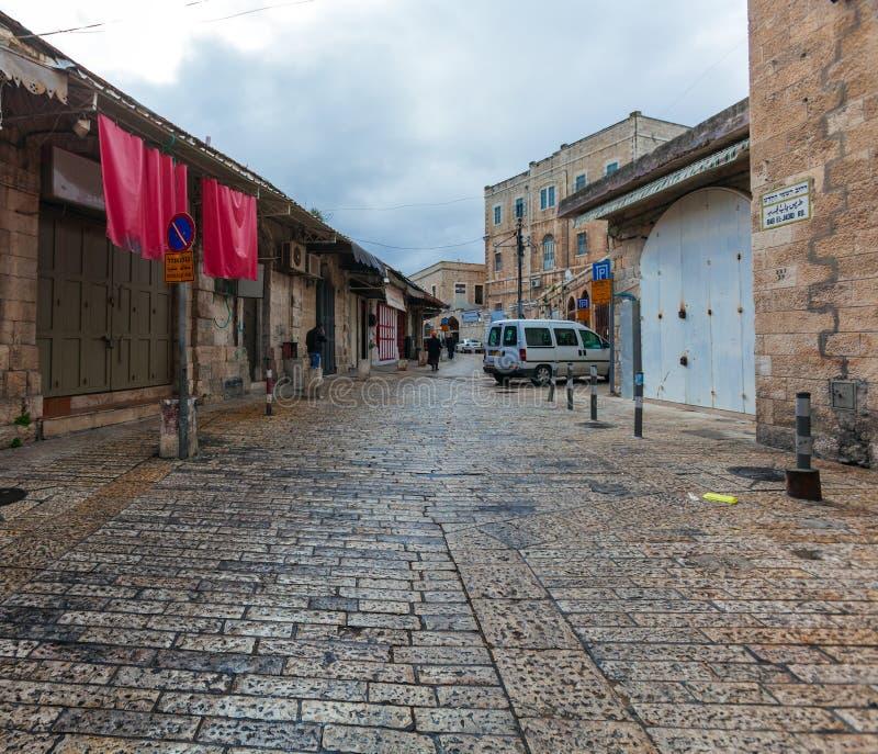 Straat van Moslimkwartoor Herod ` s Gatel, Jeruzalem stock afbeelding