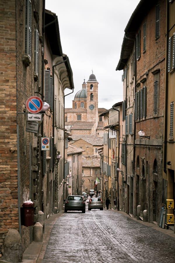 Straat van Oud Urbino, Italië in Dull Day royalty-vrije stock afbeeldingen