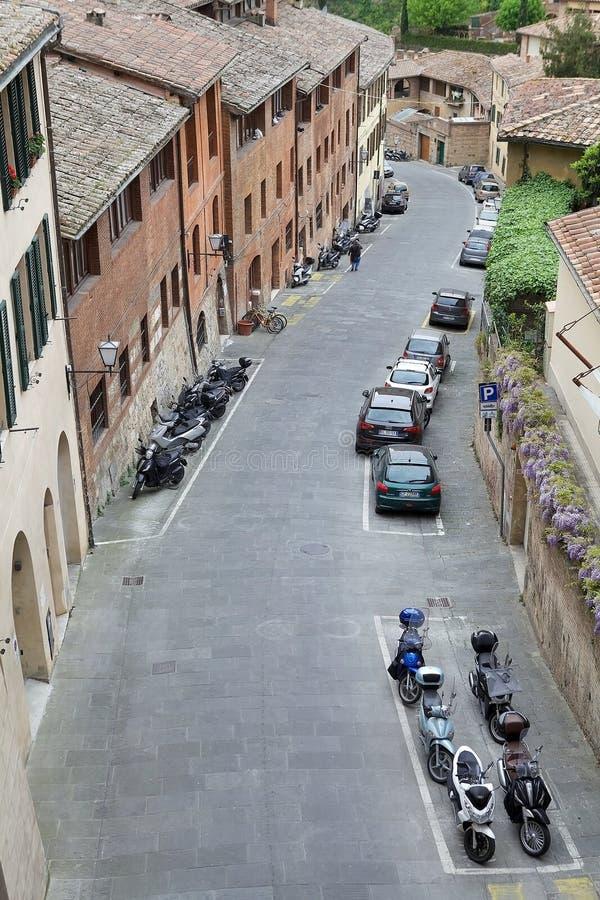 Straat van oude Siena, Toscanië, Italië stock afbeelding