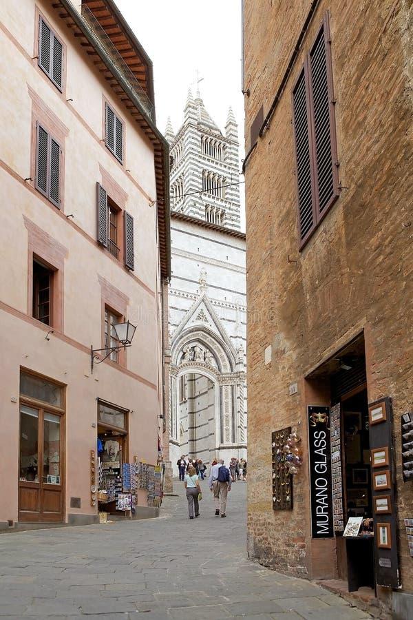 Straat van oude Siena, Toscanië, Italië royalty-vrije stock afbeelding