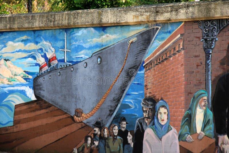Straatkunst die immigratie, Weinig Italië, Cleveland, Ohio, 2016 afschildert stock afbeeldingen