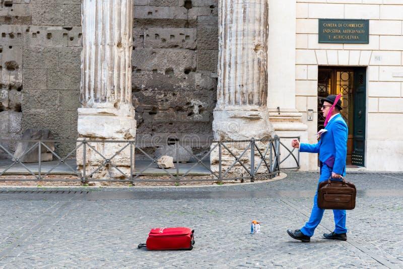 Straatkunstenaar op Piazza Di Pietra royalty-vrije stock afbeeldingen