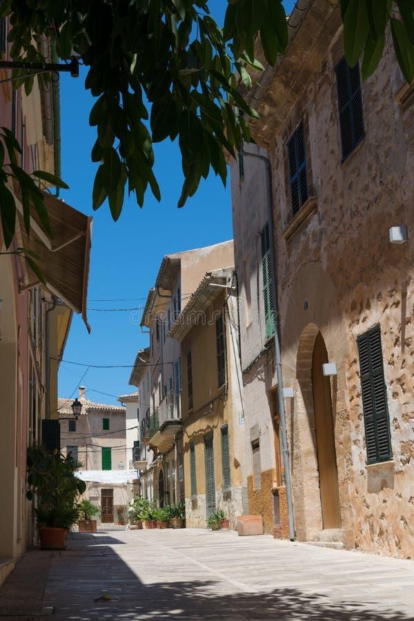Straatmening in Alcudia Mallorca Spanje stock foto