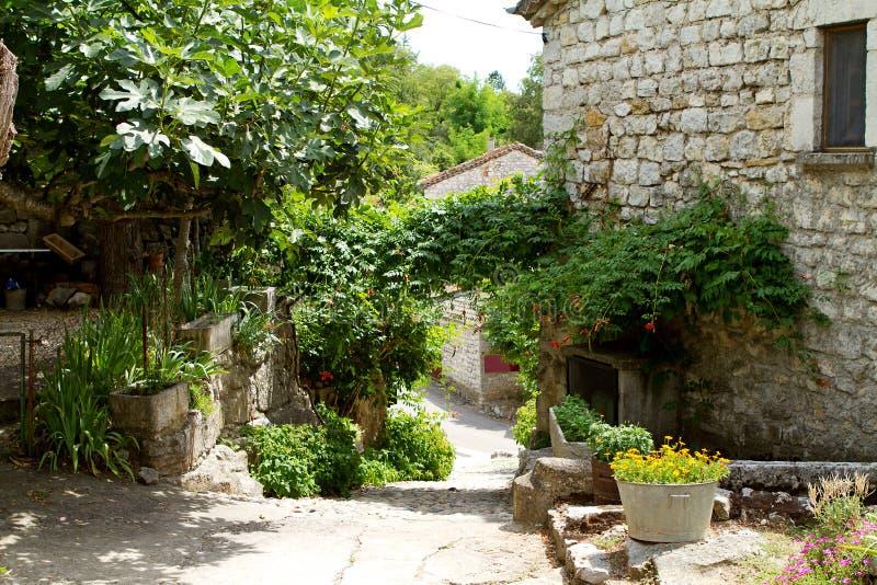 Straatmening in Balazuc, Frankrijk royalty-vrije stock afbeelding