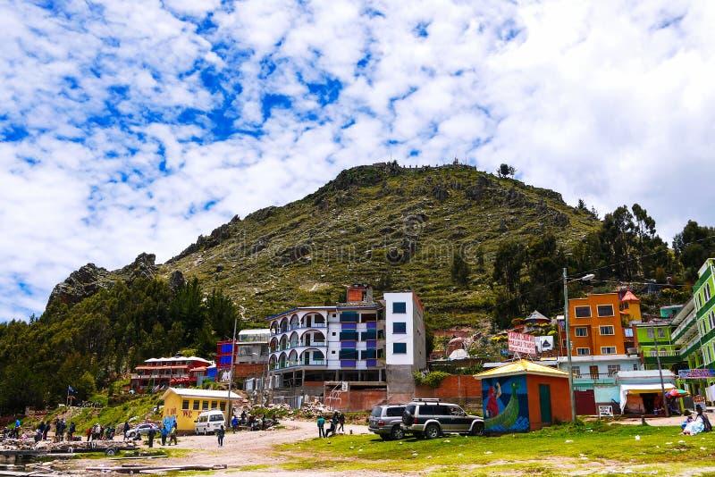 Straatmening van Copacabana in Bolivië, Zuid-Amerika royalty-vrije stock afbeeldingen