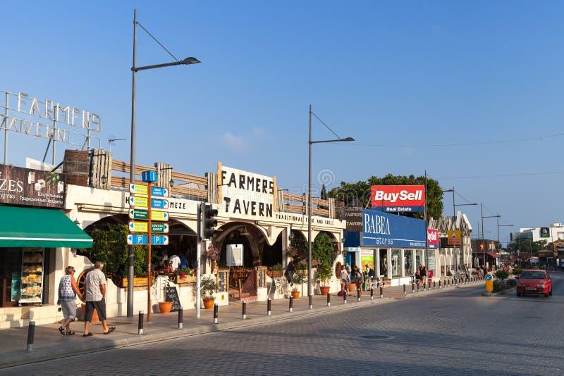 Straatmening van de stad van Agia Napa, Cyprus stock foto