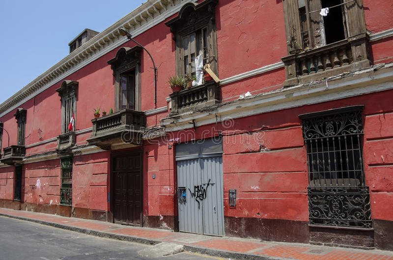 Straatmening van Lima oude stad met traditionele kleurrijke huizen L royalty-vrije stock foto