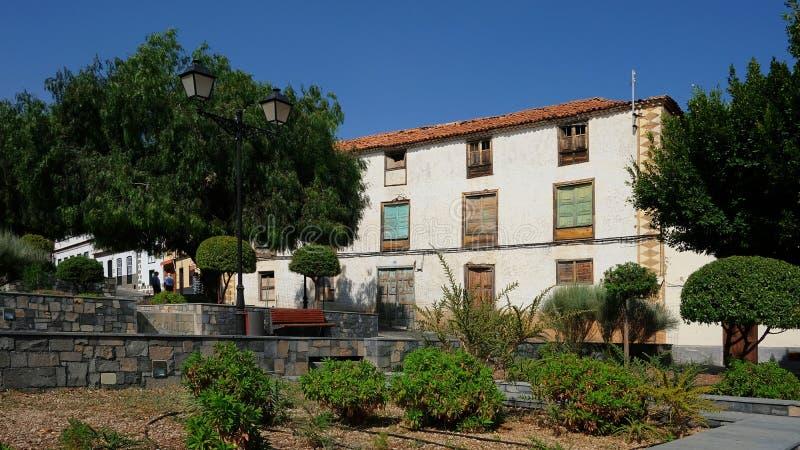 Straatmening van verlaten huis in Vilaflor DE Chasna, Tenerife, Canarische Eilanden, Spanje stock afbeeldingen