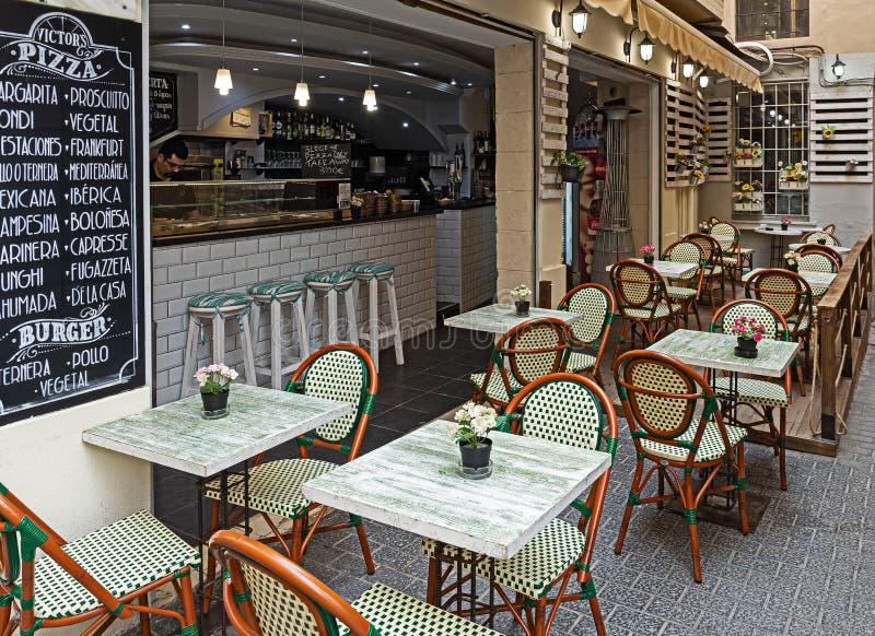 Straatpizzeria in de Spaanse stad stock fotografie
