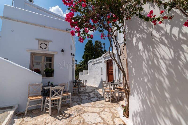 Straatscène, op Egeïsch Eiland Tinos, Griekenland royalty-vrije stock foto's