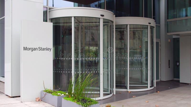 Straatsignage raad met Morgan Stanley Inc embleem De moderne bureaubouw Het redactie 3D teruggeven stock afbeeldingen