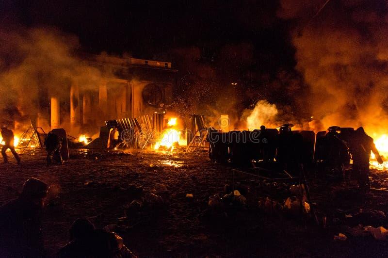 Straatstrijden in Kyiv, de Oekraïne royalty-vrije stock fotografie