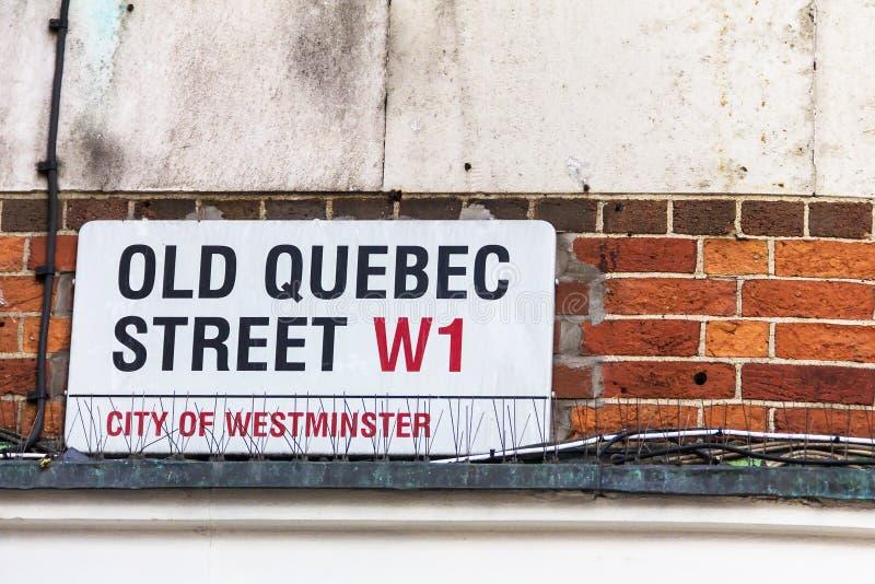 Straatteken die de beroemde Oude die Quebec straat van Londen ` s in het gebied merken als Westminster wordt bekend royalty-vrije stock afbeelding