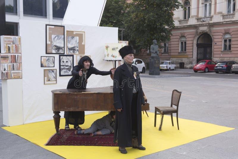 Straatuitvoerders in Zagreb stock afbeelding