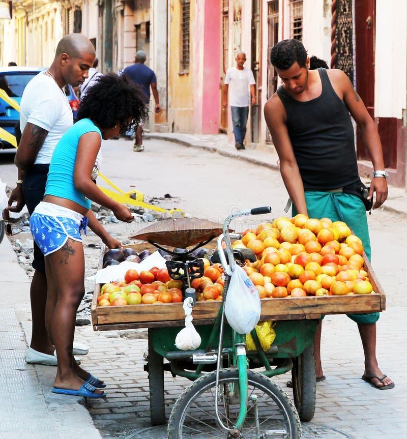 Straatventer in Havana royalty-vrije stock afbeelding