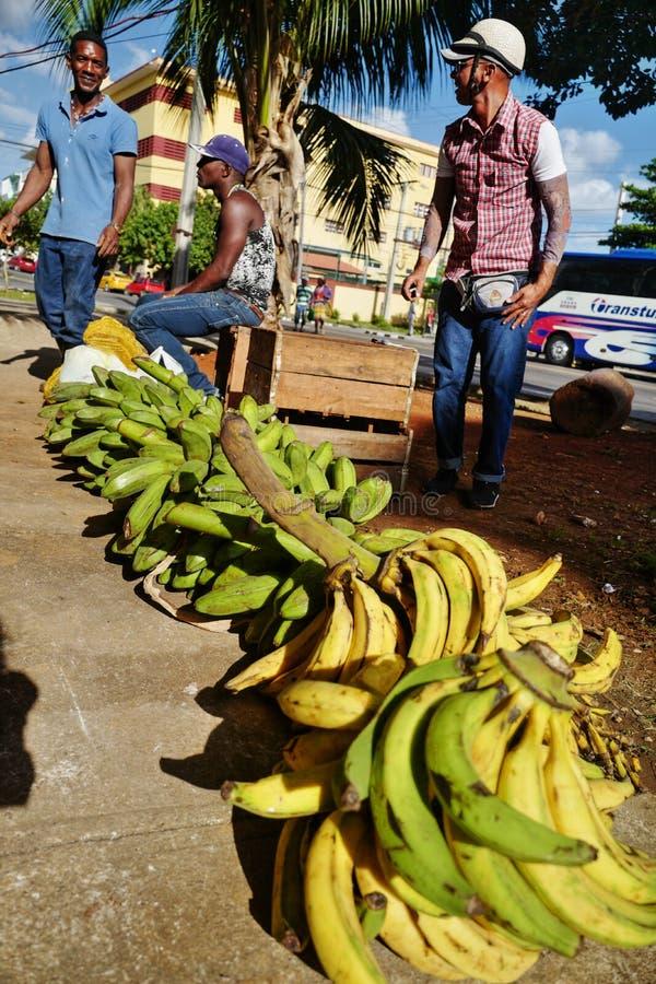 Straatverkoper in Havana, Cuba stock afbeeldingen