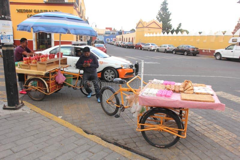 Straatverkopers in Cholula, Puebla, Mexico royalty-vrije stock afbeelding