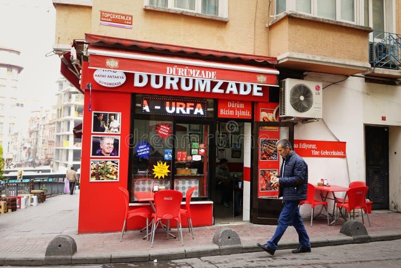 Straatvoedsel in het daglicht van Istanboel royalty-vrije stock fotografie