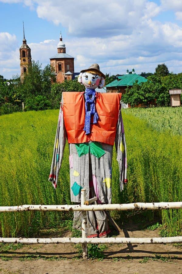 Strach na wróble w muzeum drewniana architektura w Suzdal, Rosja zdjęcia stock