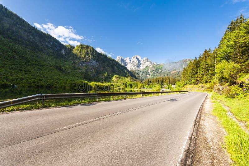 Strada asfaltata in Austria fotografia stock