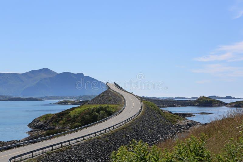 Strada atlantica. La Norvegia fotografia stock